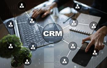 Installez un CRM et votre outil d e-mailing
